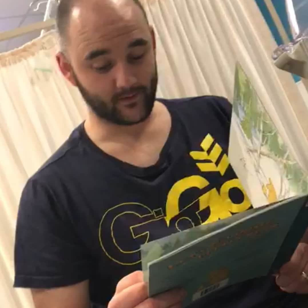 What are the benefits of reading to babies in neonatal units? Experts and parents share their views